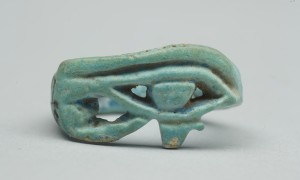 Artist unknown, Finger ring, about 1348 1332 BCE, faience. Gift of the Egypt Exploration Society, 1927. CC BY-NC-ND licence. Te Papa (FE002373/1)