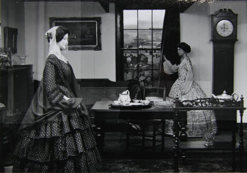 The Colonial History gallery at the Dominion Museum, September 1968. Digitised image of a photograph by J.B. Turner. Copyright Te Papa.